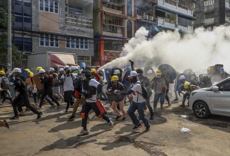 Meski Puluhan Tewas, Demonstran Myanmar Tidak Akan Gentar !