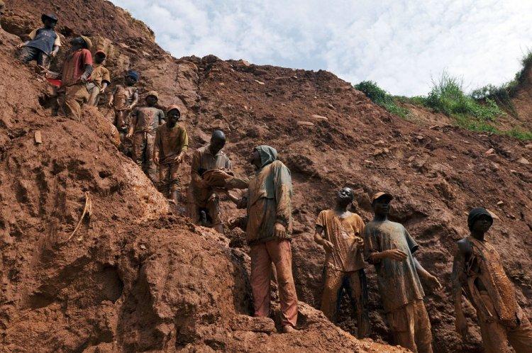 Sedang Heboh Penemuan Gunung Emas di Kongo
