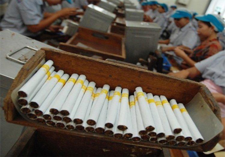Rokok Kretek Tangan Dapat Pengecualian Cukai, Mampu Jadi Andalan Industri 2021