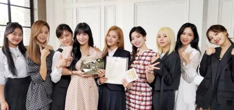 Heboh ! Twice Comeback Dengan Mini Album TASTE OF LOVE