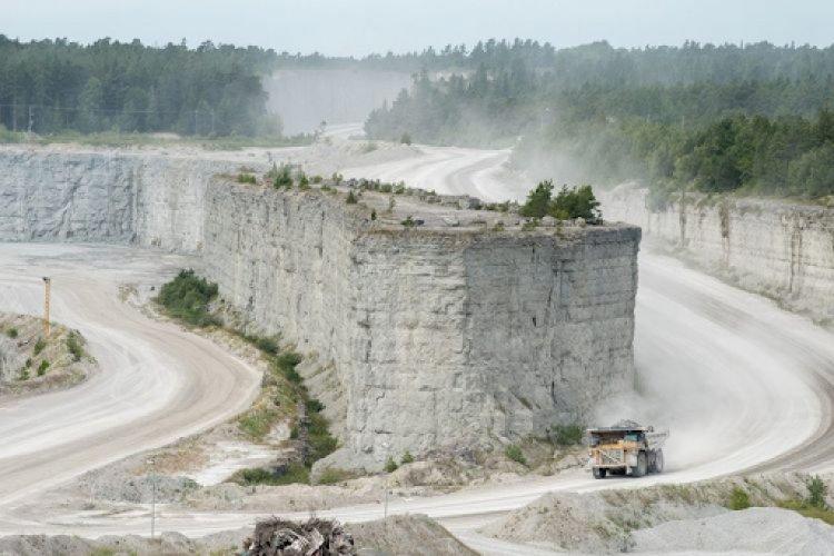 Akibat Penutupan Pabrik Semen, Swedia Beresiko Merugi 33,9 Triliun