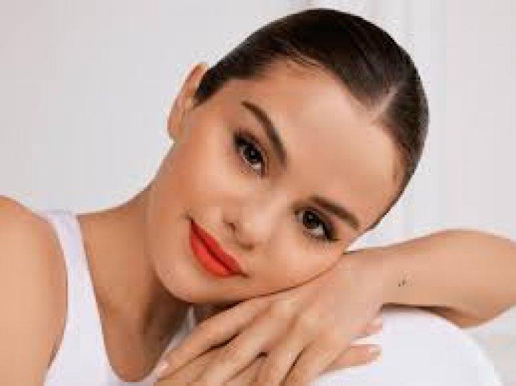 Begini Tips Ala Selena Gomez Agar Selalu Fit